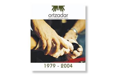 ORTZADAR elkartearen 25.urteurrenerako liburu+DVD